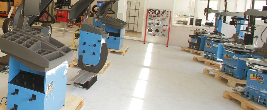 Gonçalteam faz demonstrações de equipamentos na Mecânica