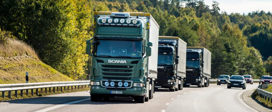 Scania desenvolve platooning de camiões totalmente autónomos