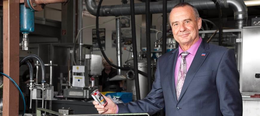 """""""O êxito da empresa é o êxito de cada um dos funcionários"""", Ernst Prost, Liqui Moly"""
