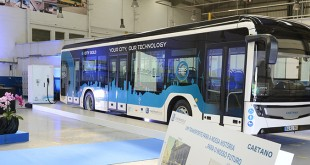 CaetanoBus apresenta autocarro urbano elétrico