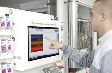 R-M lança novo espectrofotómetro COLORTRONIC 12/6