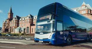 CaetanoBus lança autocarro de luxo de 2 pisos