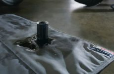 MEWA disponibiliza sistema de panos de limpeza e esteiras de retenção de óleo