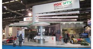 NGK celebra 80 anos com novidades na Automechanika