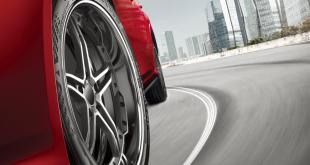 Kumho lança pneu de alto desempenho Ecsta PS71