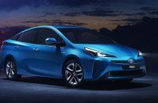 Toyota apresenta Prius com sistema inteligente de tração às quatro rodas