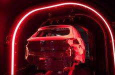 Assim se pinta um automóvel: com 84 robots e 5000 litros de tinta