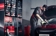 Champion Oil Cabin para organizar os lubrificantes