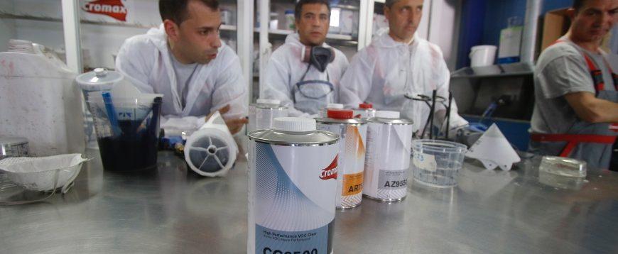 Portepim apresentou novo verniz Cromax (com fotos)