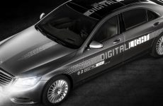 "Mercedes apresenta ""Digital Light"""