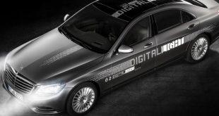 "Mercedes apresenta ""Digital Light"""