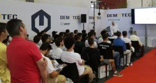 MTE-Thomson desenvolveu várias palestras no Expomecânica