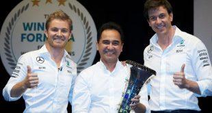 Petronas congratula-se com mais um título na F1