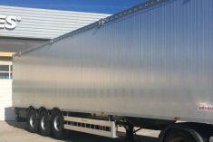 Roques apresenta novo modelo de TIR da marca Wielton no Salão Nacional do Transporte