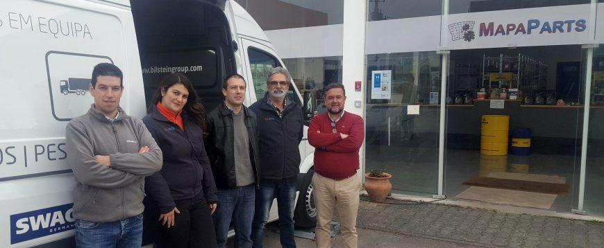 Sonicel e bilstein group visitam clientes para pomover Blue Print e SWAG