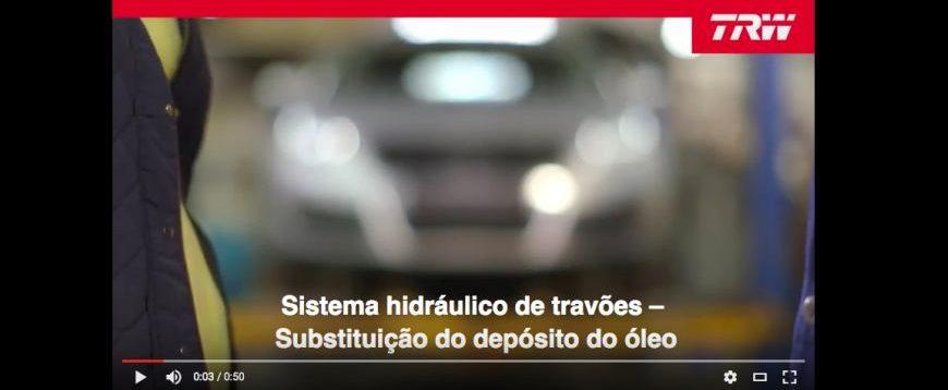 Sistema hidráulico de travões: substituição do depósito do óleo (Video)